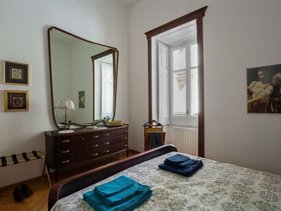 Photo for Apartment 27 m from the center of Naples with Internet, Air conditioning, Lift, Parking (1001403)