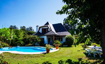 Photo for Villa with pool and garden of 200 meters