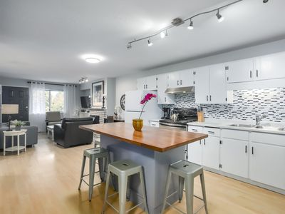 Photo for 3BR Apartment Vacation Rental in Surrey, BC