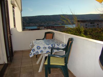 Photo for One bedroom apartment with balcony and sea view Pag (A-13060-b)