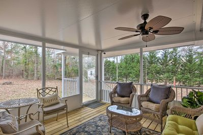 Your group of 6 will love spending time on the covered porch!
