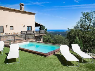 Photo for Wonderful private villa for 9 guests with private pool, WIFI, TV, balcony, pets allowed and park...