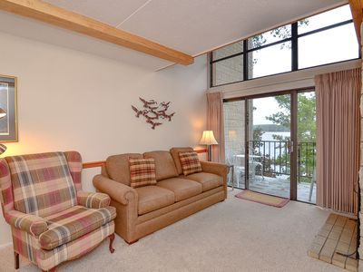 Photo for 514C- 1 Bedroom Lakefront Condominium
