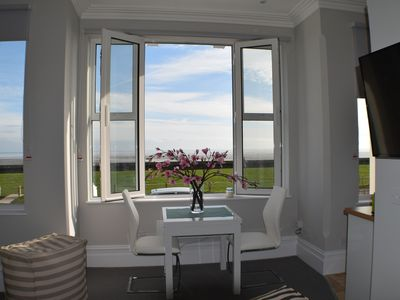 Photo for Beautifully appointed studio apartment with SUPERB SEA VIEWS