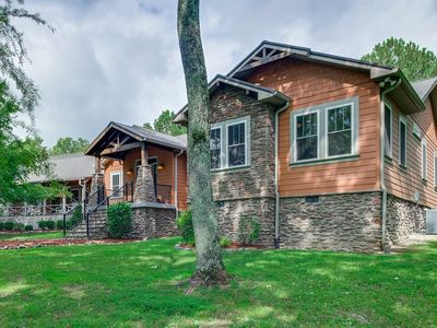 Photo for Luxury Lodge on 5 Acres - Minutes from Nashville