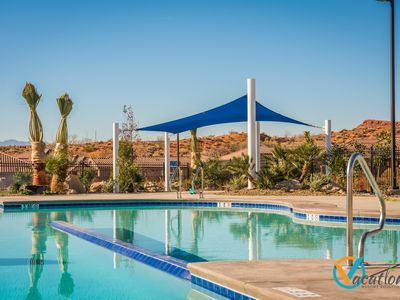 Photo for Free Wi-Fi, heated pool, hot tub, BBQ , POOLSIDE Patio, 32 mi. from Zions