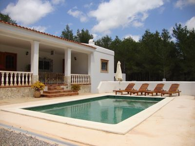 Photo for House with pool in Ibiza, near the beach and town, 6 people (ET-0343-E)
