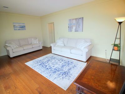 Photo for ***Entire Townhouse Near EVERYTHING Montgomery***