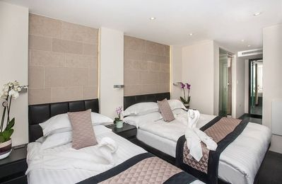 Photo for Apartment in London with Air conditioning, Lift, Terrace (493661)