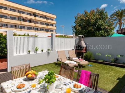Photo for 2 bedroom Villa, sleeps 4 in Playa del Ingles with Pool, Air Con and WiFi