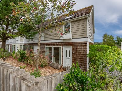 Photo for Enjoy the best of both worlds in this two-bedroom family home.