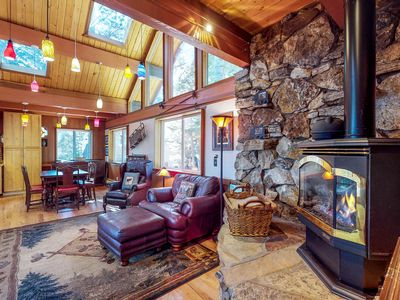 Photo for Dog-friendly cabin with private hot tub,near skiing and the beach!