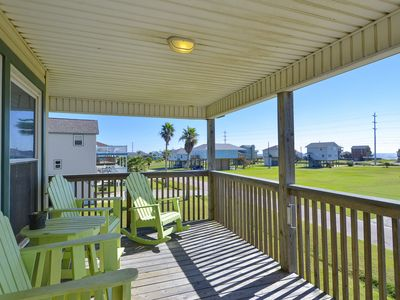 Photo for Tide House: bayside home, large balcony, limited Gulf view. FREE activities!