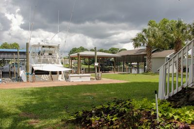 Large Backyard for Family Games, Receptions, and Family Reuinions