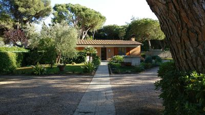 Photo for Tuscan Haven of Peace, for 8, in a quiet gated community, 100m from beach