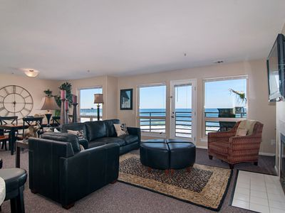 Photo for Beautiful Direct Oceanfront Condo in San Diego