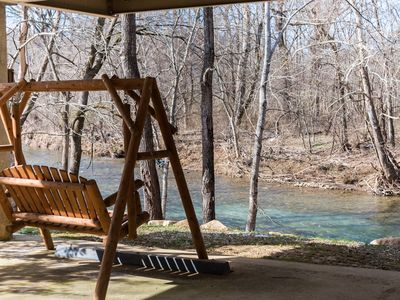 Amy's Waterfront Blessing w/ Hot Tub, Grill, & Fishing 2 King Master Suites