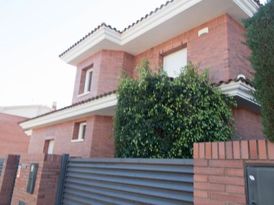 Photo for Modern and elegant villa for 12 people with private pool in Cambrils
