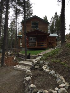 Photo for Pet friendly, close to town, short drive to Glacier Park