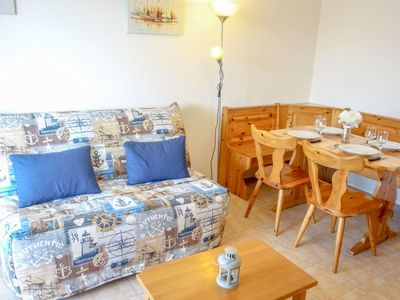 Photo for Lovely apartment for 6 people with WIFI, TV, balcony, pets allowed and parking