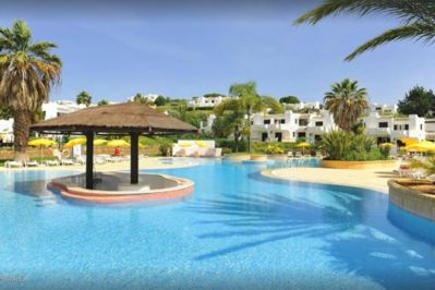 Choice of 4 fabulous swimming pools  with snack bar / restaurant at each