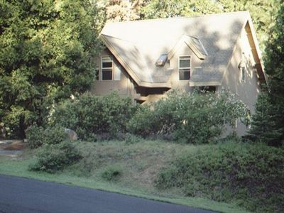 Photo for Morton is a gorgeous cottage with lots of wood!  Pet and family friendly.