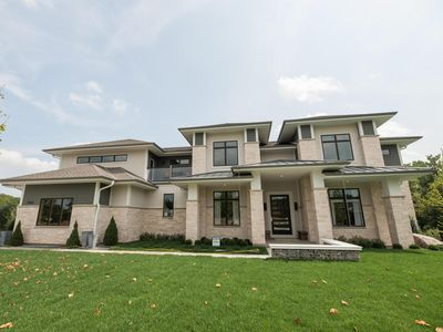 Photo for 2018 BUILT LUXURY CONTEMPORARY HOME 6400 SQ FEET 20 MINS TO DOWNTOWN MKE