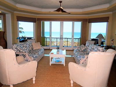 Beachfront Living Room, adjacent to kitchen and diving area