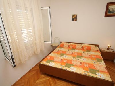 Photo for One bedroom apartment with balcony and sea view Kukljica, Ugljan (A-8277-c)