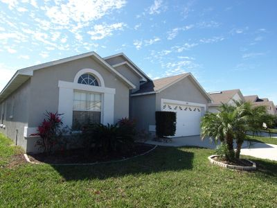 Photo for 4 bed 2 Bath Pool Home with South Facing Pool.  Near Shopping, Dining and Attractions