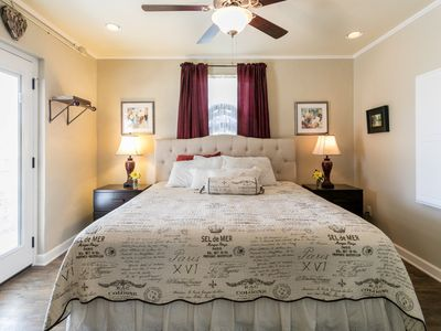 Photo for Aunt Pam's | Beautifully Renovated