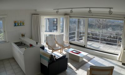 Photo for Corner apartment. 6 people, facing south, all comfort, large terrace, quiet, TV + Internet