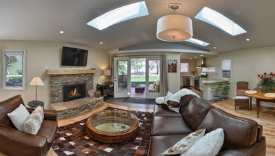 Photo for Gorgeous New Canyon Cottage steps to 5 star Broadmoor and limitless trail system