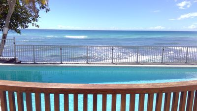 Photo for Beautiful Oceanfront Villa with Large Private Pool and Spacious Accommodation