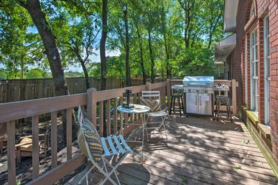 Experience the best of College Station from this vacation rental house!