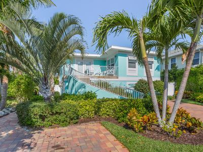 Photo for Welcome to Marilyn's Beach House Vacation Rental