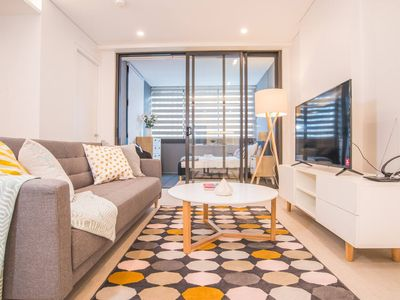 Photo for Perfect 1bed1sunny room +1bath BRAND NEW Apartment@Chatswood