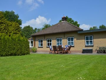 A magnificent holiday home in the Friese Wouden wonderful hiking/ cycling routes