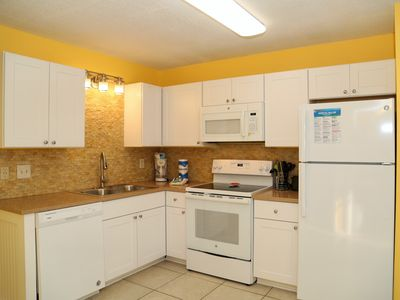 Photo for BRAND NEW KITCHEN! Gulf Shores Plantation 2222 ~Gulf View~ Indoor pool, BBQ Grills, Restaurant MORE!