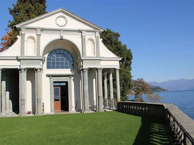 The villa is located directly on the sun-drenched lake-front of Lago Maggiore