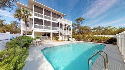 """Photo for Private Plantation Home!  Private Pool, Pets welcome, Free Beach Gear, 4BD/4.5BA """"Bikinis & Martinis"""""""