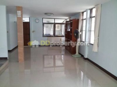 Photo for Long stay affordable clean spacious house