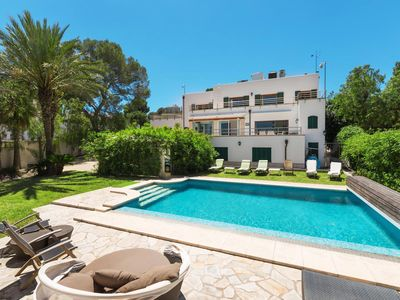 Photo for 5BR Villa Vacation Rental in Palma de Mallorca