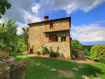 Photo for Rustic villa with private pool near Montepulciano, breathtaking views
