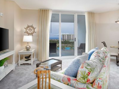 Photo for Free Wifi. Two King Bedrooms With Amazing Gulf/Pool. Free Dolphin Cruise!! Sleeps 6