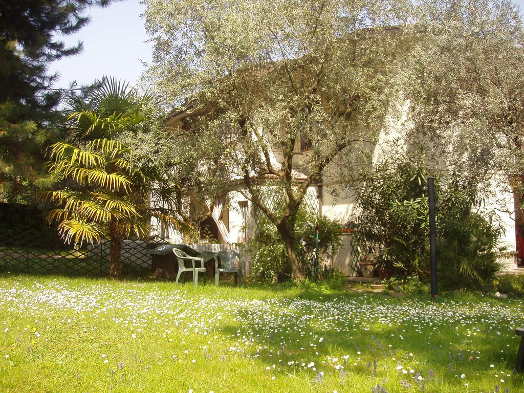 App. Lydia, terrace, garden, WIFI, disabled, private parking on the ...