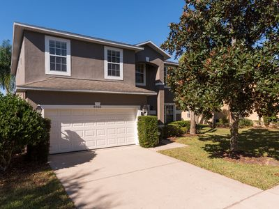 Photo for Large, Luxury 6 BR/5 BA - 15min from Disney - Arcade, Theater, Pool & Jacuzzi!