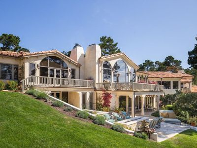 Luxury Estate In Walking Distance To The Lodge At Pebble Ocean Views