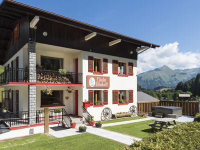 Photo for Lovely alpine chalet with hot tub ideal for large families/ groups