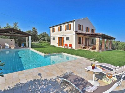 Photo for Holiday house Offida for 10 persons with 5 bedrooms - Holiday house
